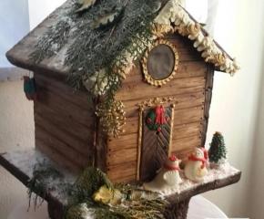 torta-decorata-casetta-natalizia
