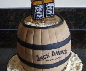 torta-decorata-jackdaniels