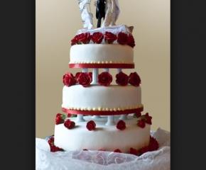 torta-matrimonio-rose-rosse